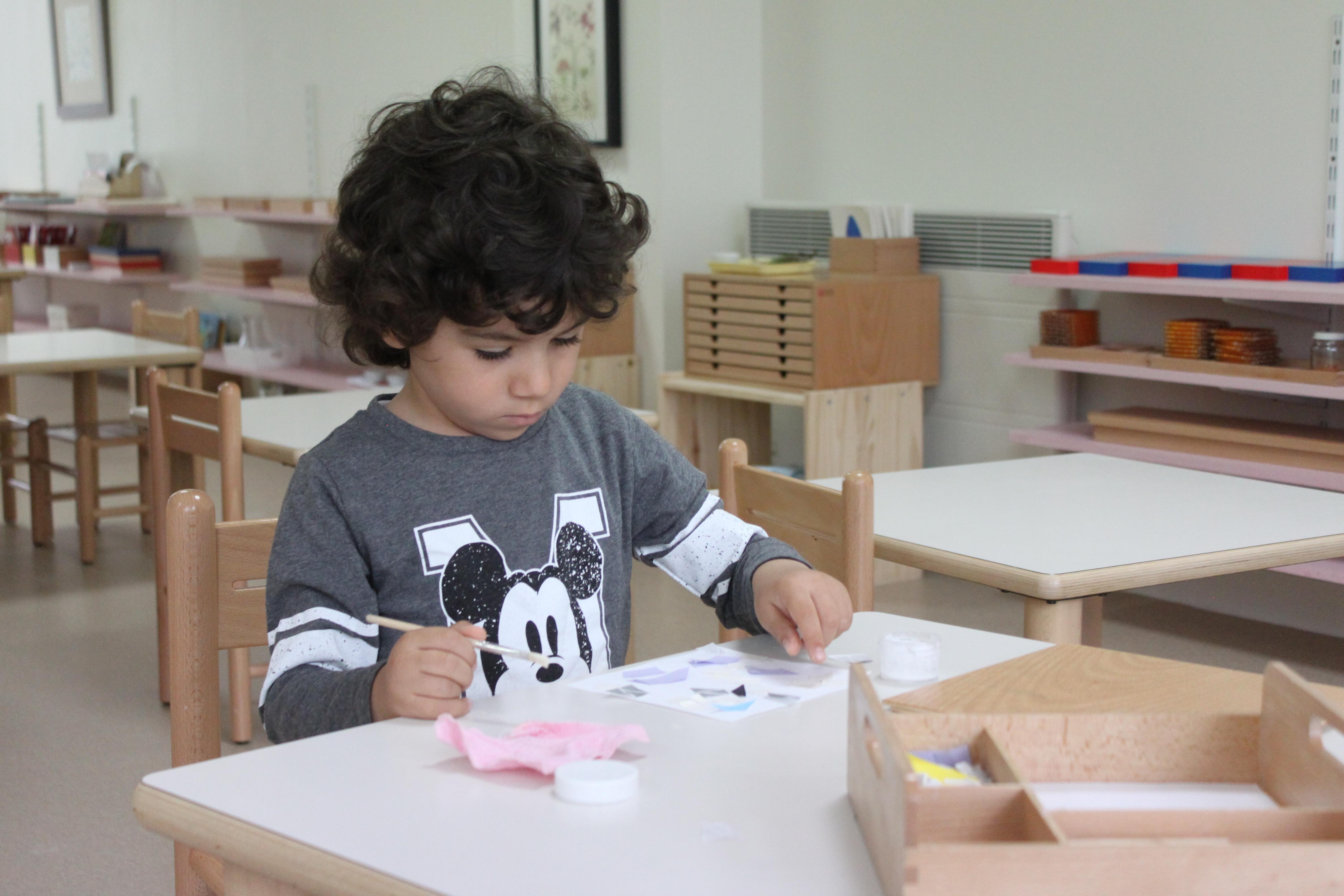 ecole internationale Puteaux Beautiful Minds enfant 3-6 ans activité Montessori