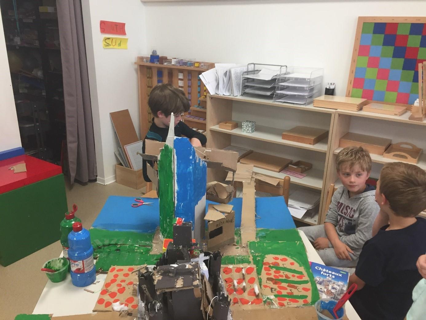 Découvrir l'art - activité Montessori Ecole primaire Beautiful Minds